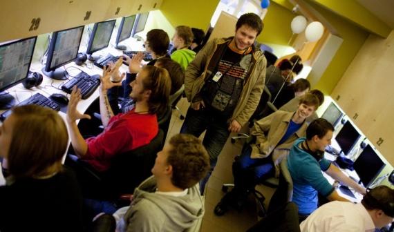 Персонал компьютерного клуба